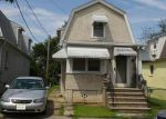 Foreclosed Home en SEMINOLE ST, Sayreville, NJ - 08872