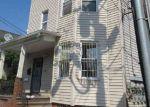 Foreclosed Home en S 11TH ST, Newark, NJ - 07103