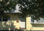 Foreclosed Home en GARDEN ST, South River, NJ - 08882