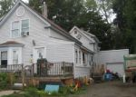 Foreclosed Home en TWOMBLEY RD, Sanford, ME - 04073