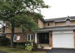 Foreclosed Home en DANA CT, Naperville, IL - 60563