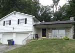 Foreclosed Home en OAK DR, Mount Wolf, PA - 17347