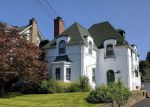 Foreclosed Home en WAYNE AVE, Lansdowne, PA - 19050