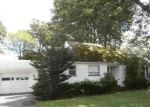 Foreclosed Home en ARLIDGE DR, Rochester, NY - 14616