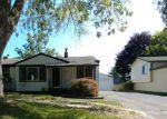 Foreclosed Home en VAN ZANDT RD, Waterford, MI - 48329