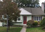 Foreclosed Home en LIPPINCOTT AVE, Riverside, NJ - 08075