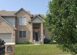 Foreclosed Home en AURORA DR, Clinton Township, MI - 48035
