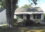 Foreclosed Home en WOODSIDE ST, Harper Woods, MI - 48225