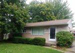 Foreclosed Home en SIMON DR, Clinton Township, MI - 48035