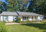 Foreclosed Home in RUTHERFORD DR, Woodbridge, VA - 22193