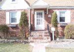 Foreclosed Home en LINDEN AVE, Rahway, NJ - 07065