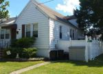 Foreclosed Home en DEWITT ST, Linden, NJ - 07036