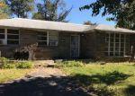 Foreclosed Home en CHURCH LN, Lansdowne, PA - 19050