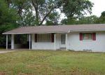 Foreclosed Home en STEVENS AVE, Deland, FL - 32720