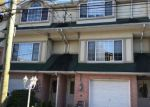 Foreclosed Home en CRANBERRY CT, Staten Island, NY - 10309