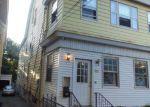 Foreclosed Home en FARLEY AVE, Newark, NJ - 07108