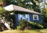 Foreclosed Home en DURSO AVE, Lawrence, MA - 01843