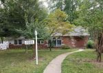 Foreclosed Home en CARR DR, Belleville, IL - 62223