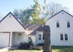 Foreclosed Home en N SALINA AVE, Wichita, KS - 67204