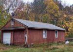 Foreclosed Home en CENTENNIAL ST, Pascoag, RI - 02859