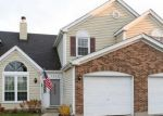 Foreclosed Home en DELAWARE AVE, Gurnee, IL - 60031