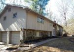 Foreclosed Home en GREEN HILL DR, Bolton, CT - 06043