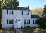 Foreclosed Home en RESERVOIR AVE, Bridgeport, CT - 06606