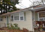 Foreclosed Home en BETHLEHEM AVE, Bloomsbury, NJ - 08804