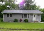 Foreclosed Home en WASHINGTON AVE, Holton, KS - 66436