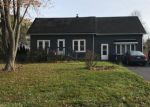 Foreclosed Home en N ORCHARD RD, Waukegan, IL - 60087