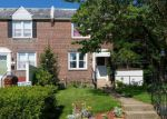 Foreclosed Home en W LYNBROOK RD, Darby, PA - 19023