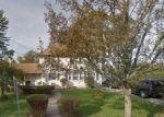 Foreclosed Home en PENNSYLVANIA AVE, Freeport, NY - 11520