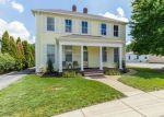 Foreclosed Home en N 2ND ST, Saint Charles, MO - 63301