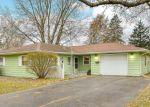 Foreclosed Home en LAUREL DR, Aurora, IL - 60506