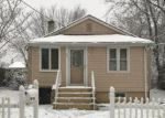 Foreclosed Home en HARRISON AVE, Matawan, NJ - 07747