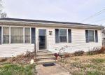 Foreclosed Home en W MILBY ST, Harrington, DE - 19952