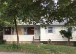 Foreclosed Home en WILCOXSON AVE, Stratford, CT - 06614