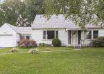 Foreclosed Home en ROANOKE AVE, New Albany, IN - 47150