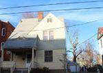 Foreclosed Home en ASHLEY ST, Hartford, CT - 06105