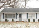 Foreclosed Home en BRIDGEWOOD DR, Antioch, IL - 60002