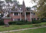 Foreclosed Home en WILKSHIRE LN, Jacksonville, FL - 32257