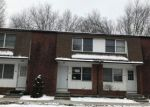 Foreclosed Home en RUSSELL ST, Jewett City, CT - 06351