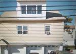 Foreclosed Home en AVENUE F, Bayonne, NJ - 07002