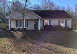 Foreclosed Home en RUNNING RIDGE RD, Greensboro, NC - 27407