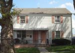 Foreclosed Home en JACQUES ST, Perth Amboy, NJ - 08861