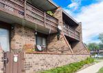 Foreclosed Home en KENNETH CIR, Elgin, IL - 60120
