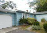 Foreclosed Home en HALF ACRE RD, Monroe Township, NJ - 08831