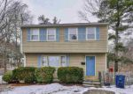 Foreclosed Home en FOSSA AVE, Nashua, NH - 03060