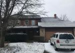 Foreclosed Home en KINGSLEY DR, Naperville, IL - 60565