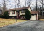 Foreclosed Home en ALBANY ST, Fredericksburg, VA - 22407